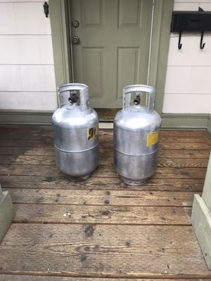 Vintage Lennox Airstream LP Propane 30lb Tanks for Sale in Tacoma, WA