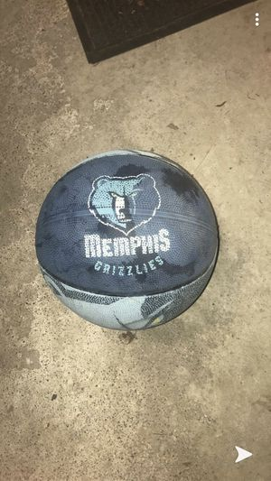 MEMPHIS Grizzlies basketball for Sale in Binghamton, NY