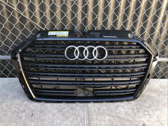 2017 2018 2019 17 18 19 AUDI A3 FRONT GRILLE GRILL OEM USED 8V5853651T for Sale in Bellflower,  CA
