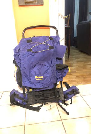 Rokk backpack with frame for Sale in Meriden, CT