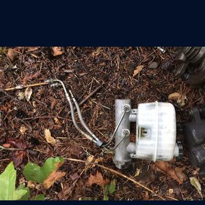 99-06 Chevy Master Cylinder for Sale in Shelton, WA