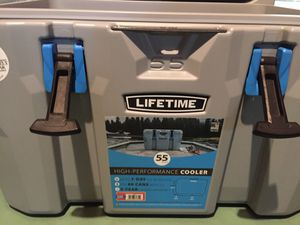 Lifetime 55 quart cooler for Sale in Canandaigua, NY
