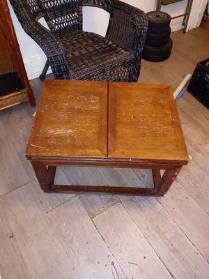 3in 1 coffee table for Sale in Trenton, NJ
