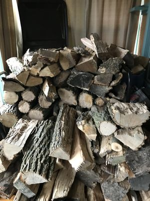 I am Looking for free hard wood I am not taking that post down because I am always looking for hard wood for Sale in Peoria, IL