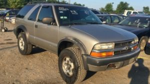 2000 Chevy Blazer 2dr 4x4 140k miles runs and drives!! LOW BRAKES for Sale in Temple Hills, MD
