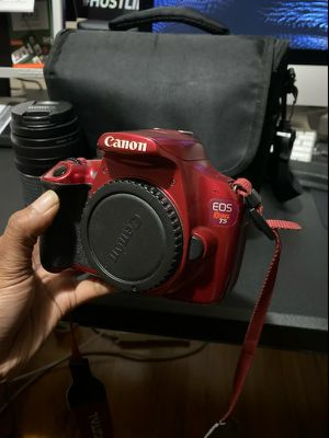 Canon T5 for Sale in Oak Park, MI