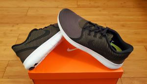 Nike size 10 for Men. for Sale in East Compton, CA