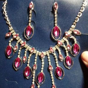 Fashion Jewelry Set for Sale in South El Monte, CA