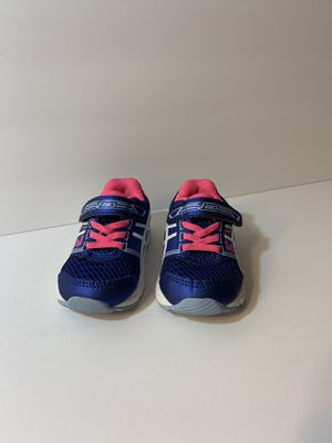Girls asics shoes. Size 5. Champions 5 1/2. Pink boots size 5 for Sale in O'Fallon, MO