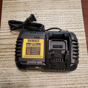 Dewalt Charger 6mp for Sale in Rancho Cucamonga, CA