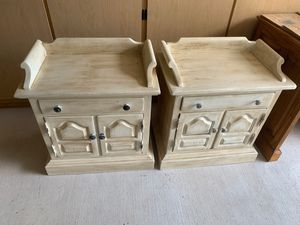 Ethan Allen bedside tables for Sale in Georgetown, TX