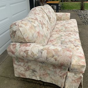 Sofa Couch Sleeper Queen Sized for Sale in Vancouver, WA