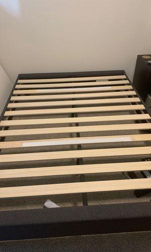 Zinus Curtis Essential Upholstered Platform Bed Frame for Sale in Mobile, AL