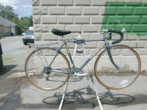 LIKE NEW SCHWINN TRAVELER-GAURANTY for Sale in Methuen, MA