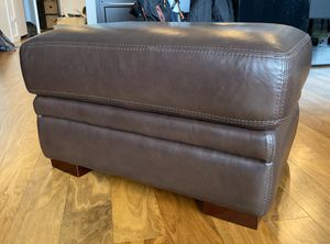 Brown Leather Ottoman for Sale in Bellevue, WA