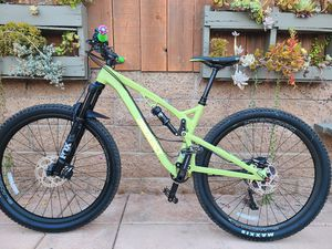 Mountain bike mtb size M for Sale in Carlsbad, CA