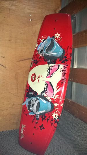 Hyperlite wakeboard with bindings for Sale in Pico Rivera, CA