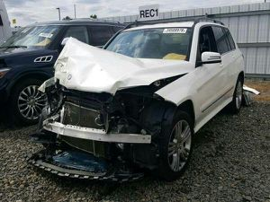 2013 Mercedes GLK 350 for parts parting out for Sale in Fair Oaks, CA