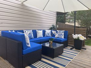 New in box 7 pc outdoor sectional with cushions for Sale in Austin, TX
