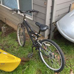 Kids Mountain Bike for Sale in West Linn,  OR