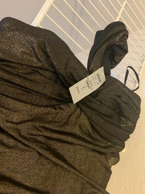 Never before worn size 6 gold party dress for Sale in Centreville, VA