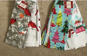 Brand new Holiday kitchen towels 4 pack 100% Cotton(pick up only) for Sale in Alexandria, VA