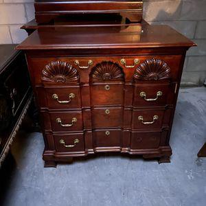 Ornate 4 Drawer Dresser for Sale in Chesapeake, VA