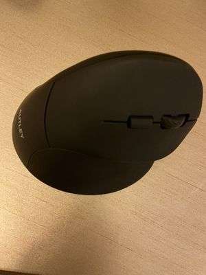 AUTLEY Wireless Vertical Mouse, 2.4G Optical Wireless Silent Ergonomic Mouse for Sale in Katy, TX
