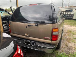 2003 GMC Yukon parts for Sale in Plant City, FL