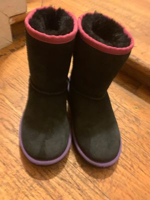 Girls UGG boots size 12 for Sale in New York, NY