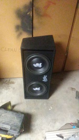 """12"""" speakers in box with built-in amp for Sale in Apple Valley, CA"""