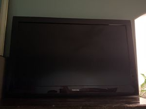 Toshiba 40 inch High Definition HD TV With Remote for Sale in Sanger, CA