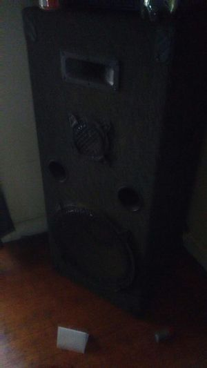 2 Pro studio speakers size 12 for Sale in Charlotte, NC