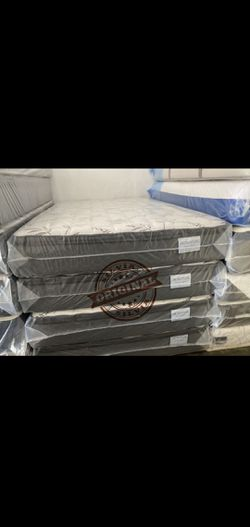 QUEEN MATTRESS PILLOW TOP COMFORT WITH BOX SPRING SET 👸ALL SIZES AVAILABLE KING QUEEN FULL TWIN 👸BED FRAME NOT INCLUDED COLCHONES CAMAS NUEVOS for Sale in Miami,  FL