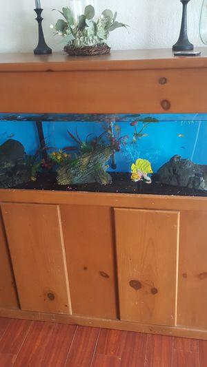 65 gallon plexy glass fish tank and stand for Sale in Glendora, CA