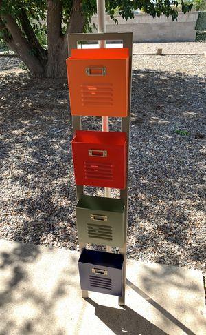 Magazine rack for Sale in Albuquerque, NM