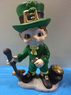 """Ceramic 14"""" st Patrick day leprechaun for Sale in Cicero, IL"""