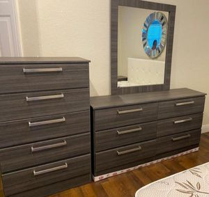 NEW MIRROR DRESSER AND CHEST. DELIVERY for Sale in Hollywood, FL