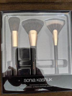 Make-up brushes for Sale in Sylmar, CA