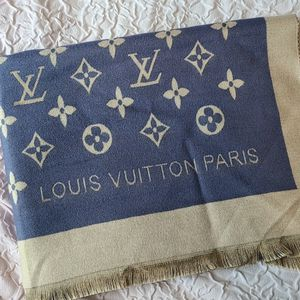 Louis Vuitton Scarf for Sale in Trenton, NJ