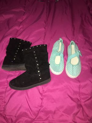 Size 10 girl flats never used for $3 and size 9 black boots for used for $5 for Sale in Denver, CO