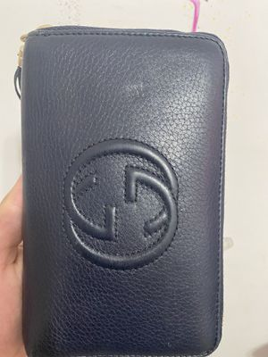 dark blue Gucci wallet for Sale in Fresno, CA