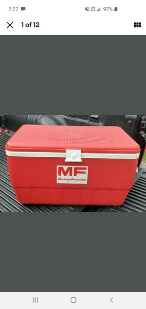 Massey Ferguson Giveway/Promotional Red 48 Qt. Igloo Cooler for Sale in Highland, IL