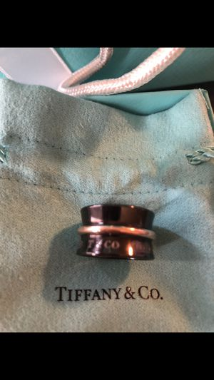 Tiffany limited edition ladies ring size 6 for Sale in Pflugerville, TX