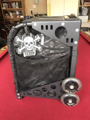 ZUCA SPORT BAG - Black Frame and Skull Design Bag for Sale in Tacoma, WA