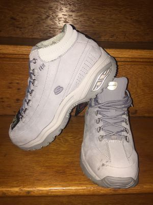Skechers steel toe female work boots for Sale in Boston, MA