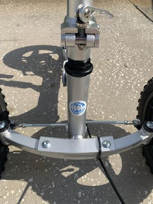 Knee Rover Pro (knee scooter) for Sale in Tampa, FL