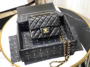 Chanel bag for Sale in Rolling Meadows, IL