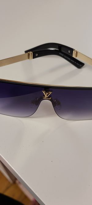 Sunglasses brand new LV for Sale in Renton, WA