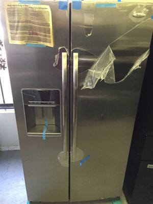 New whirlpool refrigerator STAINLESS 26cuft for Sale in Grand Prairie, TX